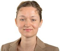 Zaklin Nastic (MdBV), stellv. Vorsitzende der Fraktion DIE LINKE. in der Bezirksversammlung Eimsbüttel (http://www.linksfraktion-eimsbuettel.de/), Fachsprecherin für Migration, Sozialpolitik und Inklusion.